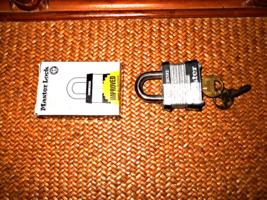 Commercial Padlock Master Lock   2 Keys  New In Box Higher Vandilizm Resistance - $4.99