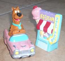 salt and pepper shaker scooby do at ice cream d... - $35.00
