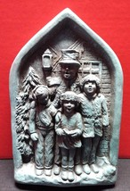 Brookwood 3D Christmas Carolers Dickens Wall Plaque - Holiday Decor Winter - $19.99