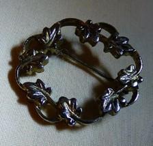 Vintage 1950's-1960's Silvertone Leaf & Vine Circle Pin - $10.00