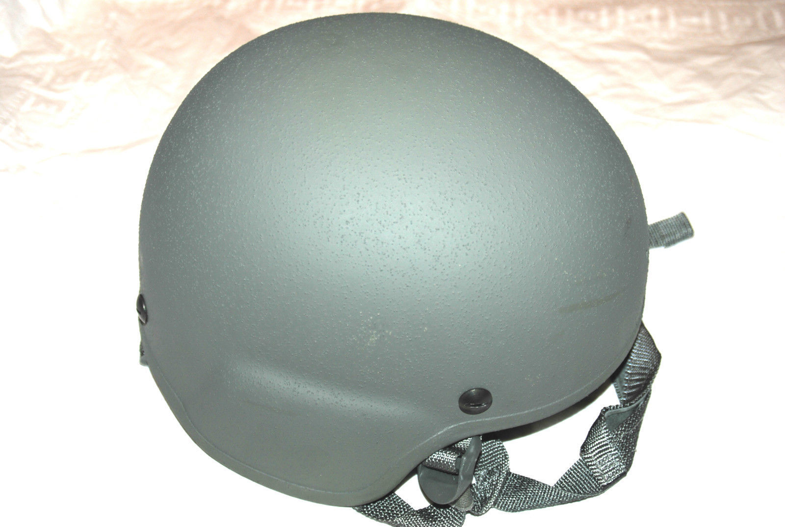 NEW ORIGINAL US ARMY ISSUE - GENTEX LEVEL IIIA ACH MICH COMBAT HELMET - MEDIUM