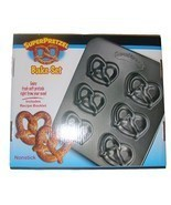 Super Pretzel Bake Set - Nonstick Soft Pretzel Sheet / Baking Mold Pan - £18.77 GBP