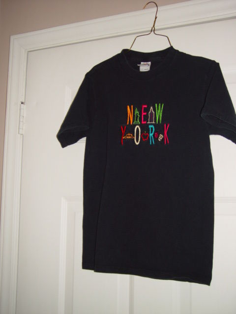 New York Black T-Shirt Size Small