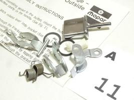 Mopar Chrysler Dodge 04267925  1 Piece Handle Repair Pakage   A11 - $14.10