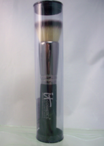 It Cosmetics Heavenly Luxe Flat Top Buffing Brush  - $24.50