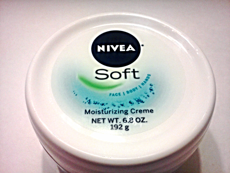 Nivea Soft Refreshingly Light Moisturizing Creme For Face Body & Hands 6.8 OZ