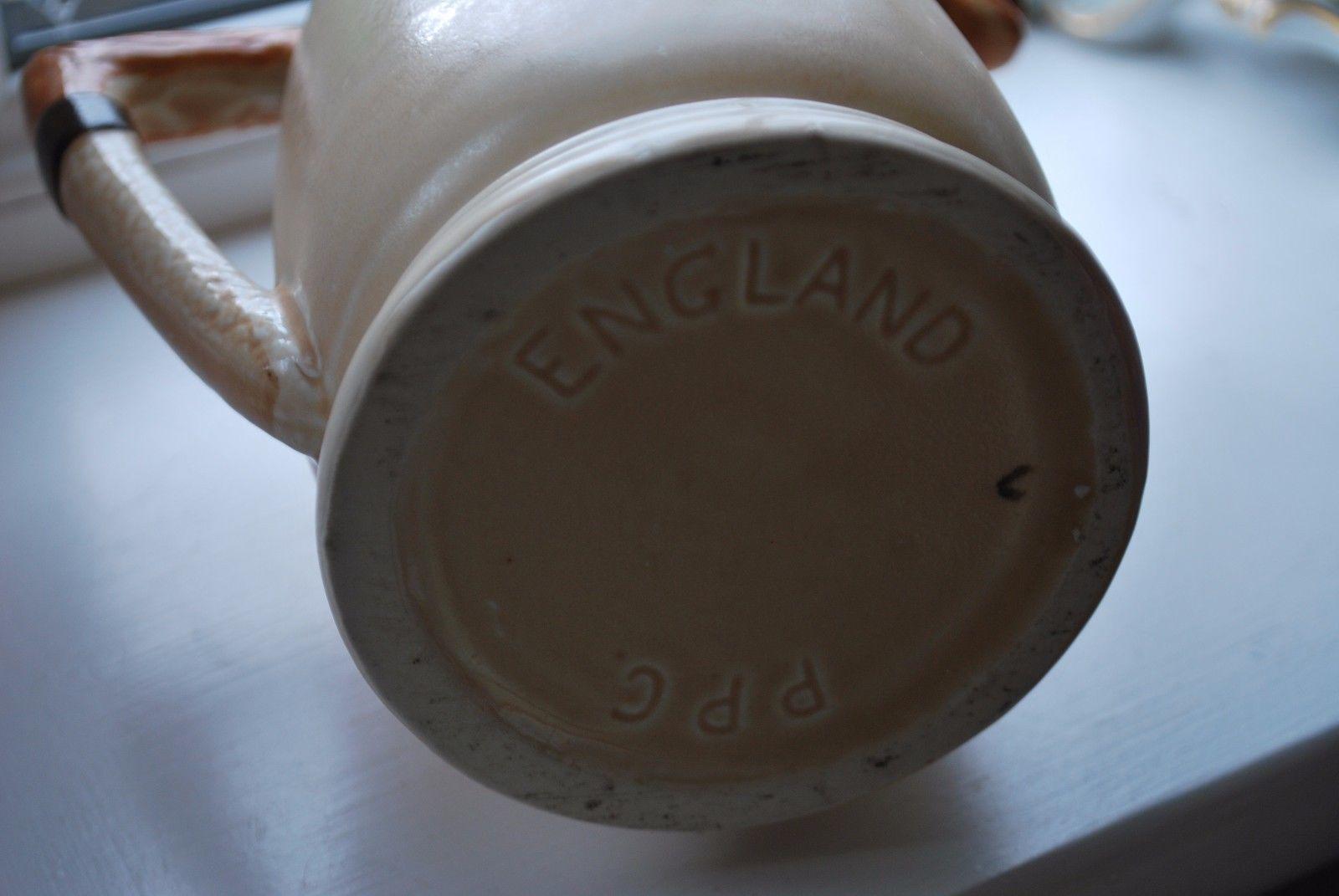 Portland Pottery Fox and Hound Jug      #9003
