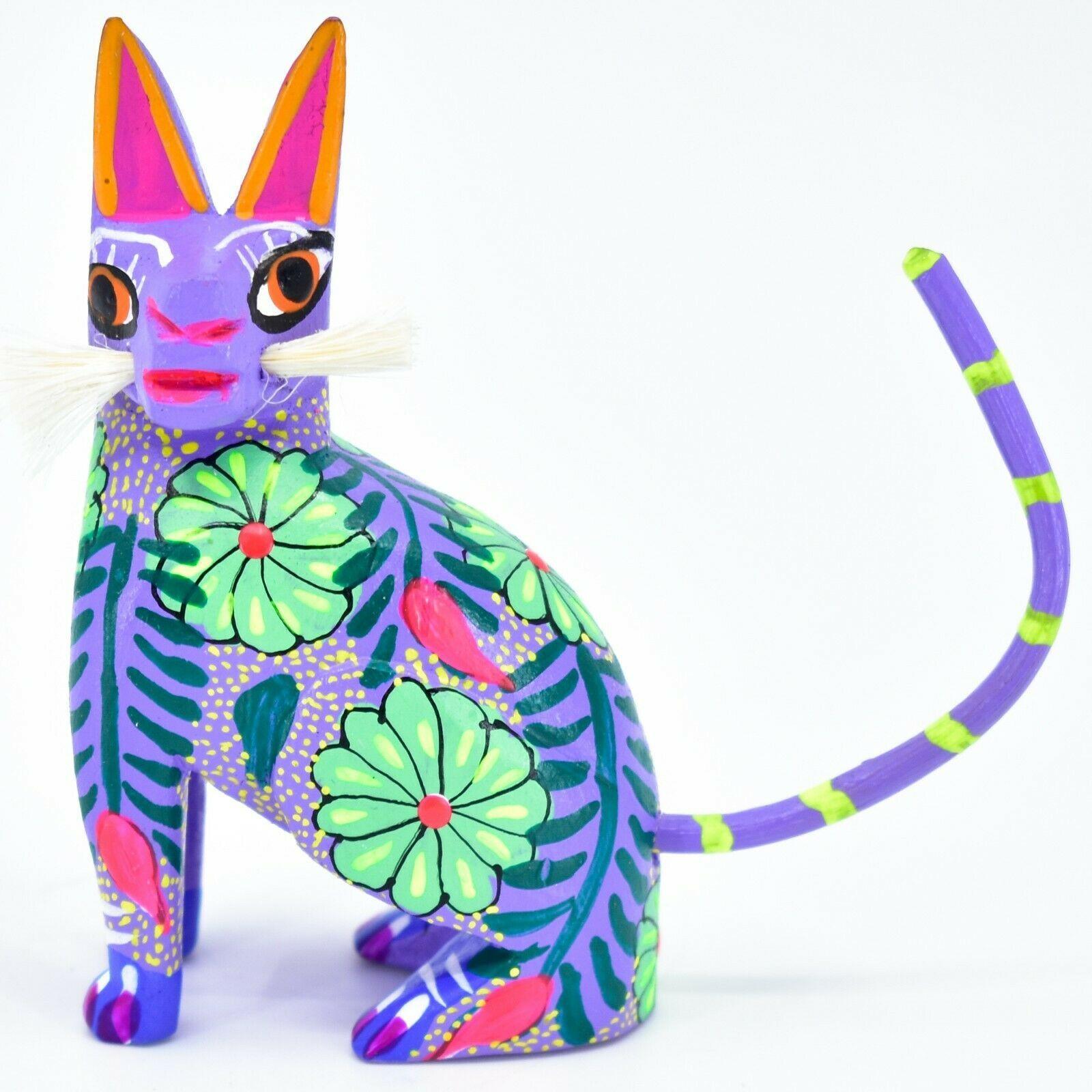 Handmade Alebrijes Oaxacan Wood Carved Painted Folk Art Sitting Cat Figurine