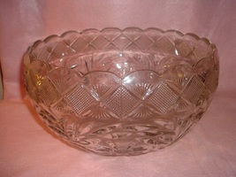 L.E. Smith Holiday pattern Punch Bowl  - $24.99
