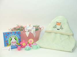 Sleepy owl organic baby bath gift basket  77891 thumb200