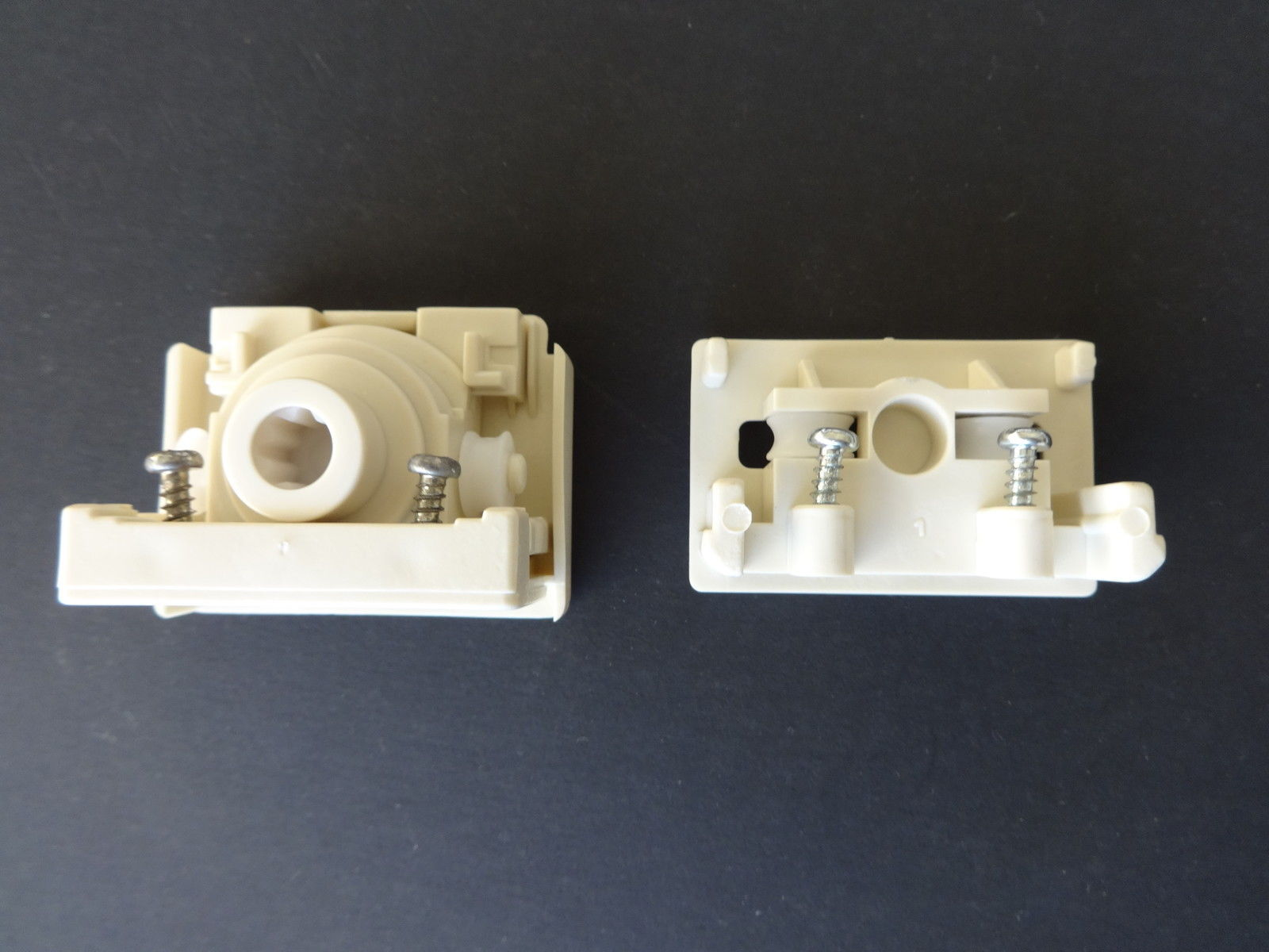 Standard Vertical Blind 8 Prong Control and Idle End Set, Notchless/IVORY