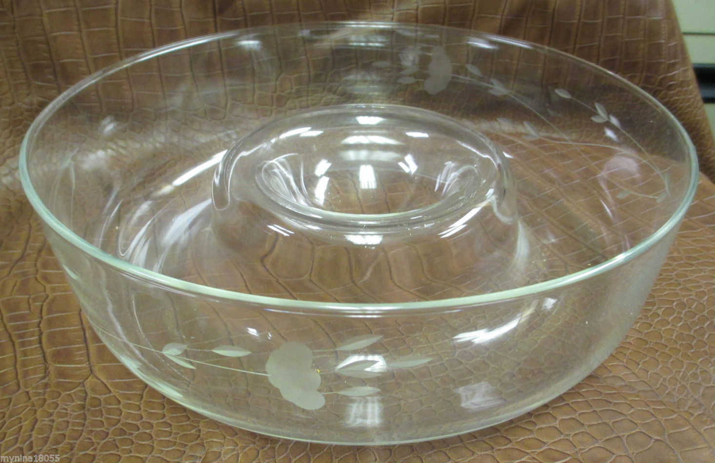 Princess House Heritage One Piece Chip and Dip Bowl