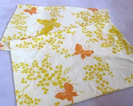 Pillowcases Pair of Yellow Orange Springmaid Mariposa Butterflies Vintag... - $29.99