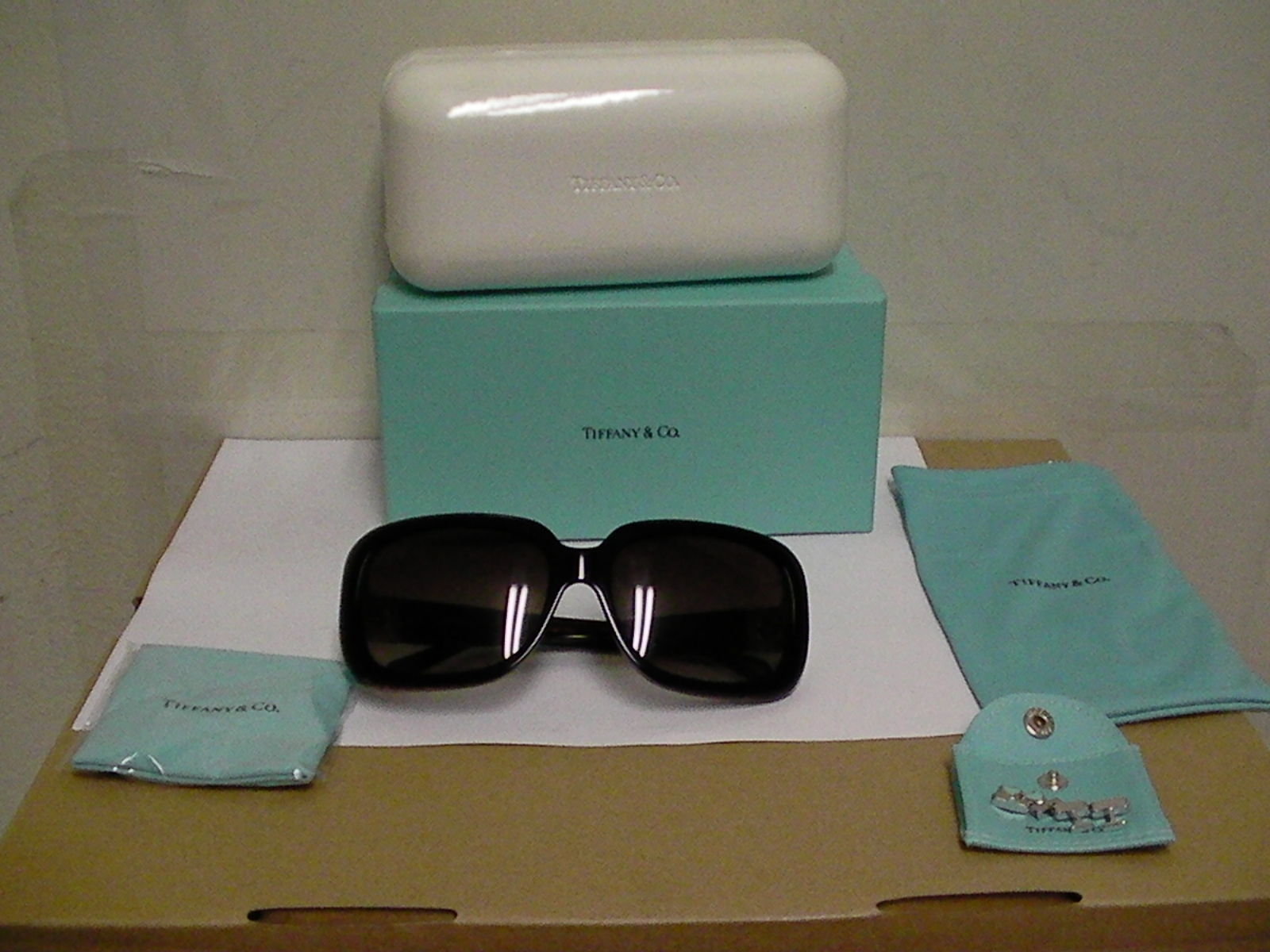 bdd0e2882b5 Authentic Tiffany Sunglasses TF 4034-B and 27 similar items. 57
