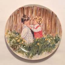 Vintage 1981 Wedgwood collector's plate Be My Friend by Mary Vickers My ... - $3.00