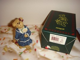 Boyds Bearstone Abigail...Boardwalk Treats - $19.99