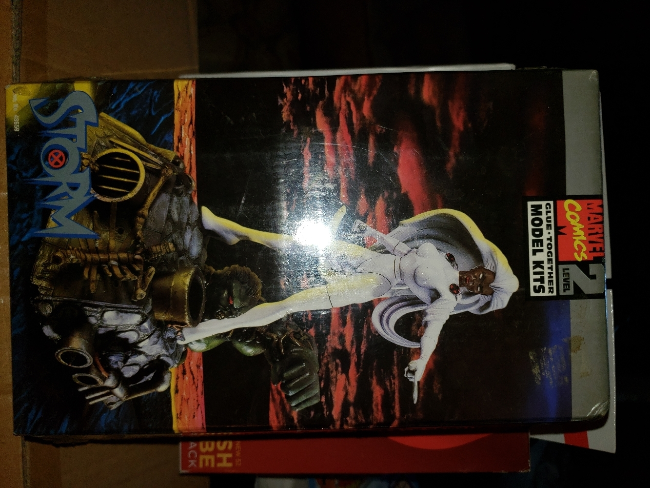 marvel comics model kit storm brand new