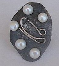 White 5 pearls silver ring thumb200