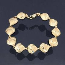 Vintage 14K Solid Yellow Gold Sea Shell Link Chain Bracelet 7 1/2'' Length - $785.00