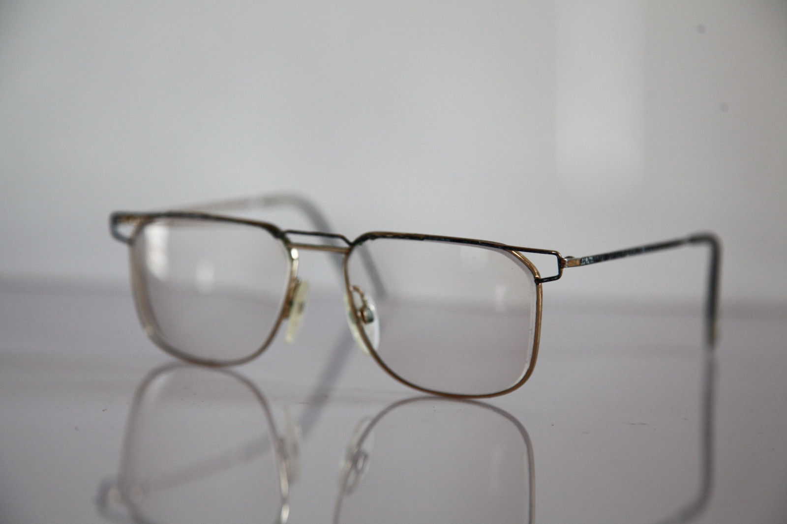 Vintage NEOSTYLE  Eyewear, Gold Frame,  Crystal RX-Able Prescription. Germany