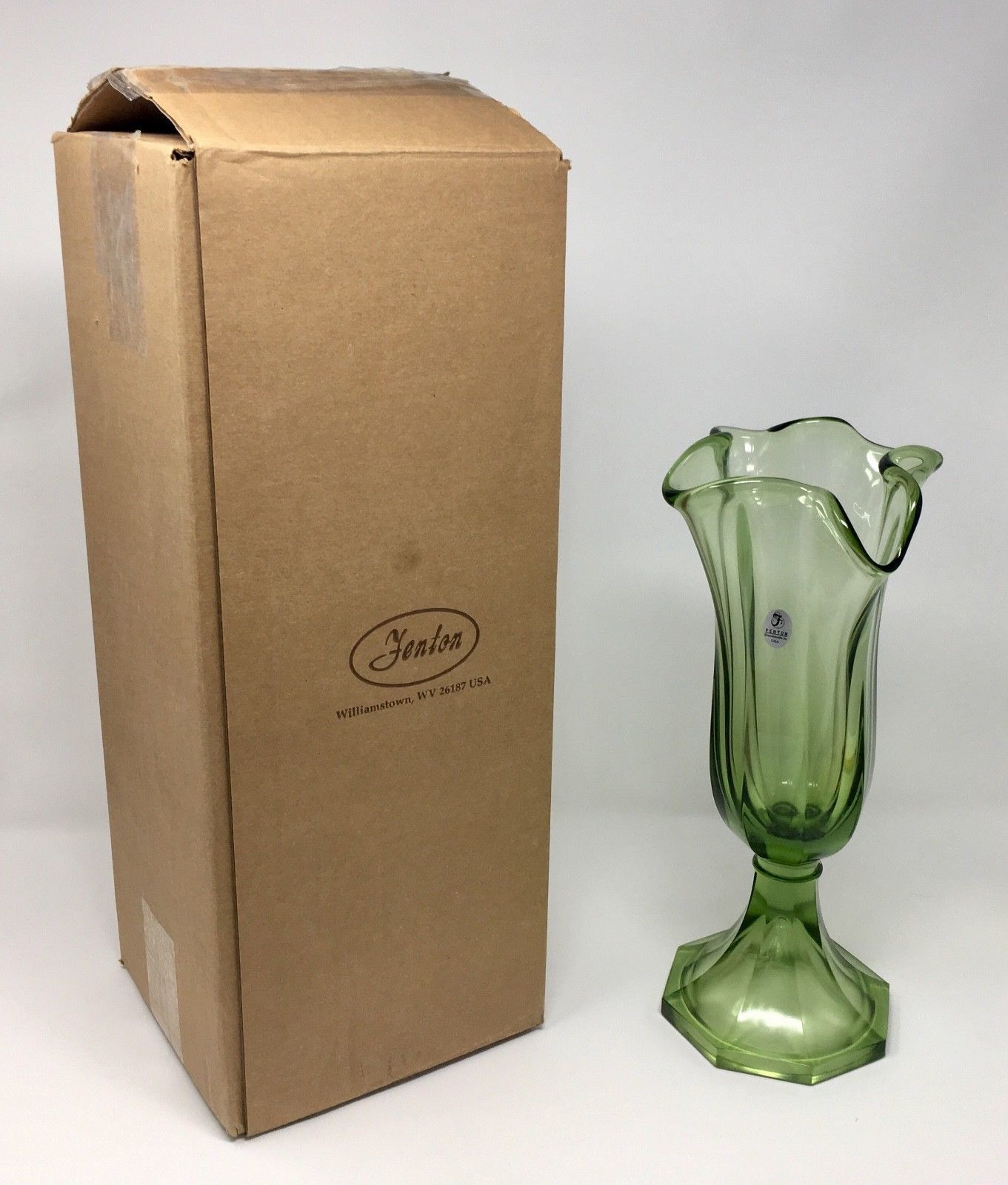 Primary image for Fenton Art Glass Fern Green Large Swing Vase - New With Box! #4353 ZL