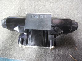 REXROTH DIRECTIONAL VALVE 4WE6W-60M0/AG24NPS-951-0 image 3