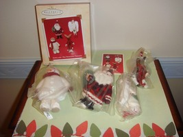 Hallmark 2002 Santa And His Sweetest Friends Ornament - $9.69