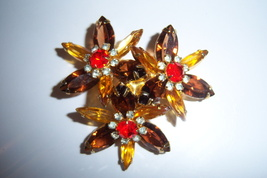 Large Vintage Brooch. Prong Set Floral. - $50.00