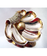 Vintage Boucher Style Pearl Rhinestone Gold Plated Clam Shell Dress Clip  - $28.00
