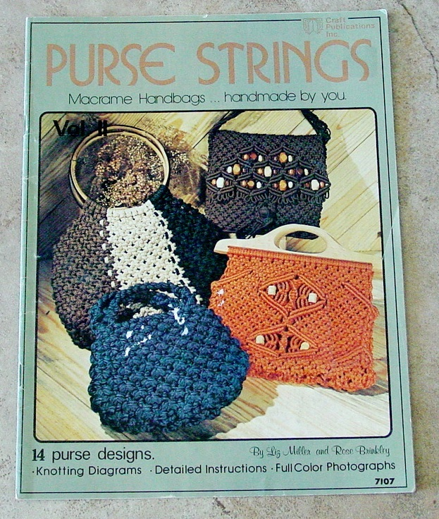 Pattern: 14 Purses Designs Macrame Handbags-Knotting Diagrams-Vintage Booklet - $7.00