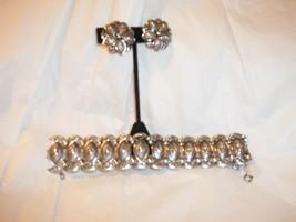 Vintage Chunky Antique Silverplate Finish Bracelet w/ Clip On Earrings Set Coro - $29.69