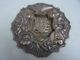 Antique ashtray in bronze with coat of arms and four ladies - $41.73