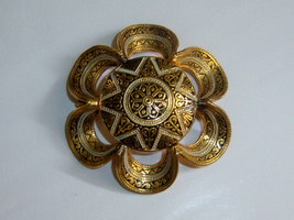 Vintage Brooch. Spanish Damascene. Signed Spain. - $16.50
