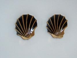 Vintage Black Enamel Seashell Earrings. Clip On Nautical Summer Beach Je... - $12.00