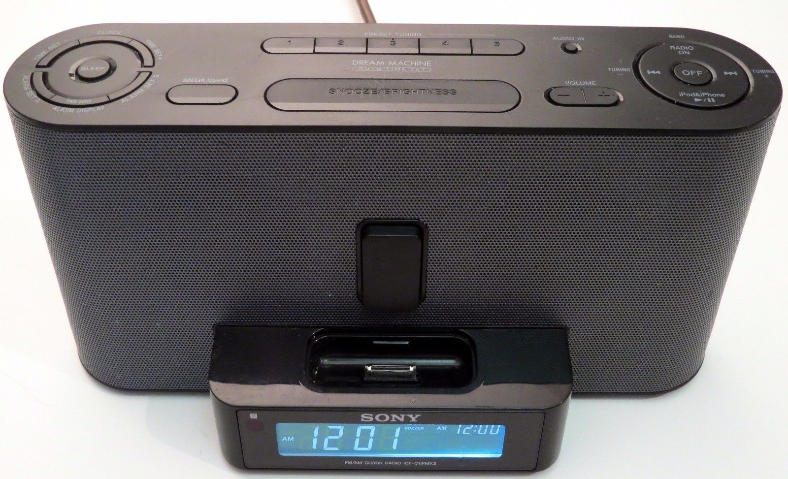 Sony  Dream Machine Radio Alarm Clock iPod Speaker Dock ICF-C1iPMK2
