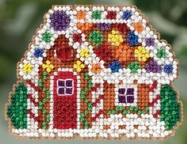Gingerbread Cottage Winter 2015 seasonal orname... - $6.75