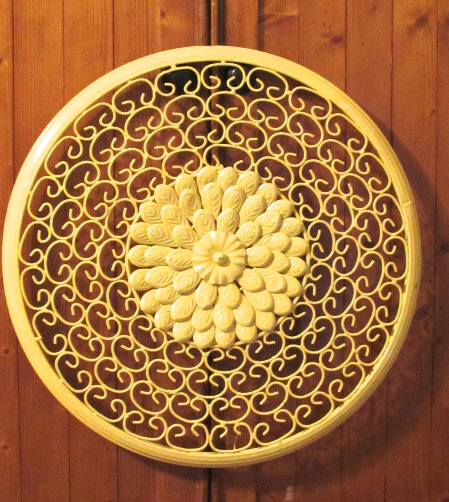 """Metal Yellow Flower Wall Plaque - measures 18.5"""" diameter"""