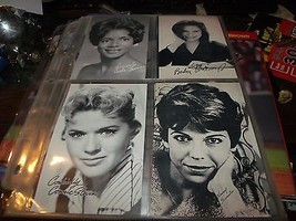 EXHIBIT FEMALE MUSIC STARS SET 32 ARCADE CARDS  - $116.74