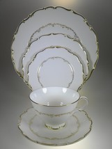 Royal Doulton Richelieu 5 PC Place Setting - $54.66