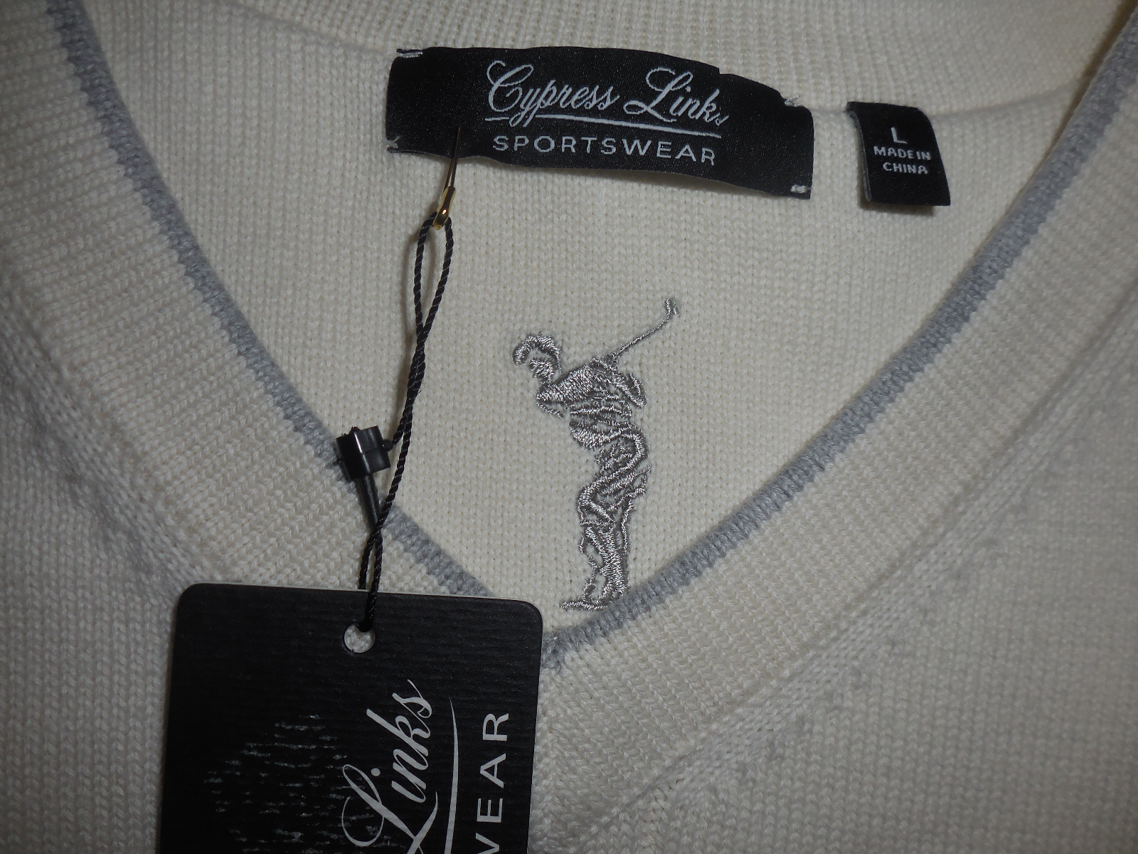CYPRESS LINKS Cable Knit Cream Sweater Vest Large Golf Attire Sportswear LARGE image 3