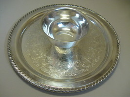 Silver Plate  Chip Dip Bowl Attach Tray Flower Leaf Design Wm A Rogers Silver Co - $19.95