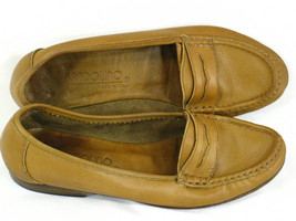 Bandolino Brown Leather Loafer Flats Size 6.5 M US Excellent Italy - $14.85