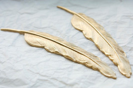 Large Vintage Feathers mold 454 - $20.00