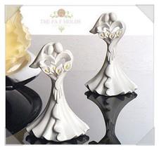 silicone mold/ 2D wedding cupcake topper mold 1001 - $22.00