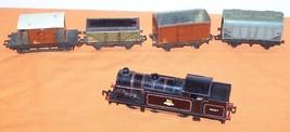 Hornby HO Train 6-2 Locomotive 4 Cars - $225.00