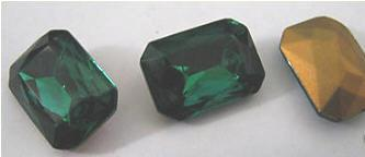 1 Vintage Emerald Glass Triple Cut Faceted Octagon Czechoslovakia