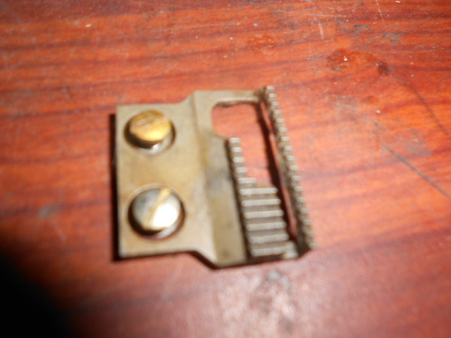 Free Westinghouse Rotary Old Style Feed Dog w/Screws - $10.00