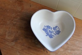 Pfaltzgraff YORKTOWNE (MADE IN USA) Heart Shaped Bowl 3477081 - $7.92