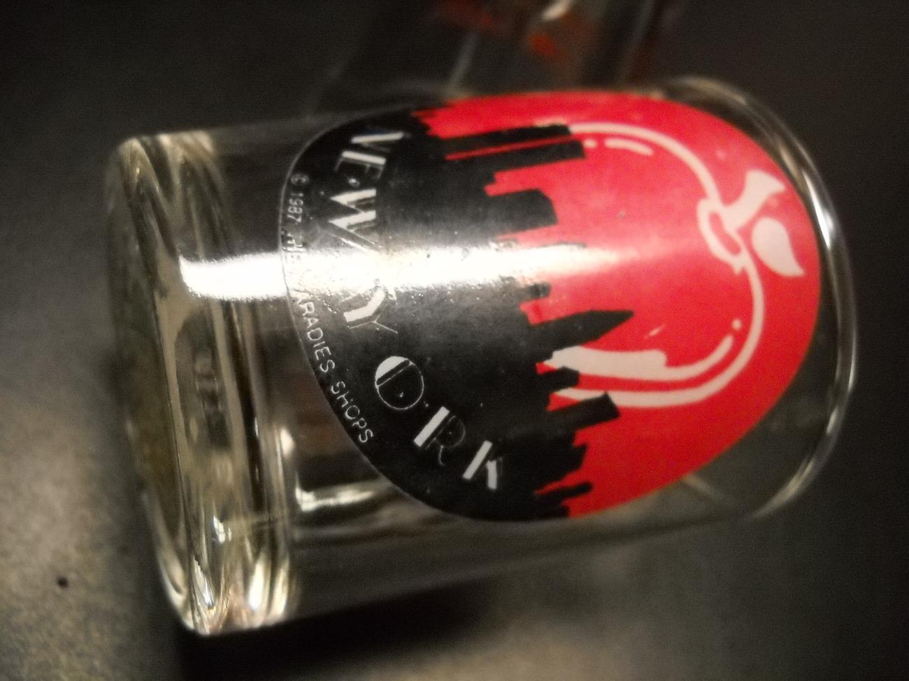 New York Candle Holder Shot Glass Big Apple Over Manhattan Skyline Red and Black