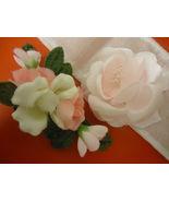 Retro Decor Flower Table Arrangement Accents - $10.50